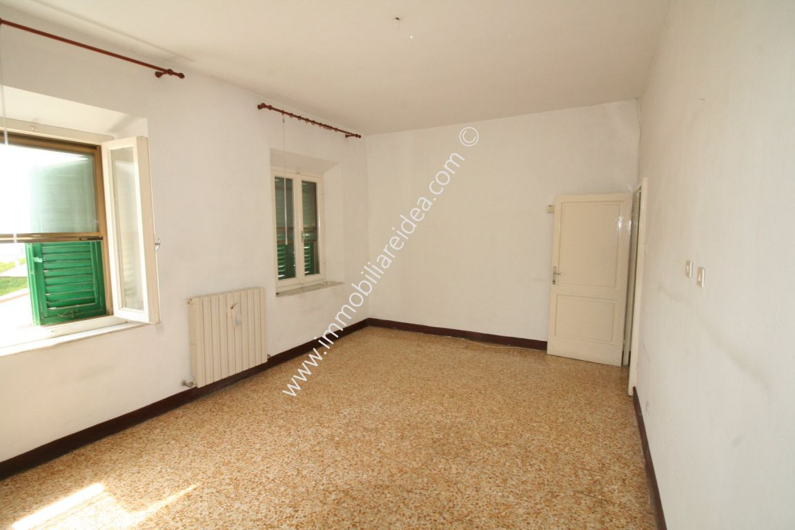 Casa semindipendente in vendita, rif. 814