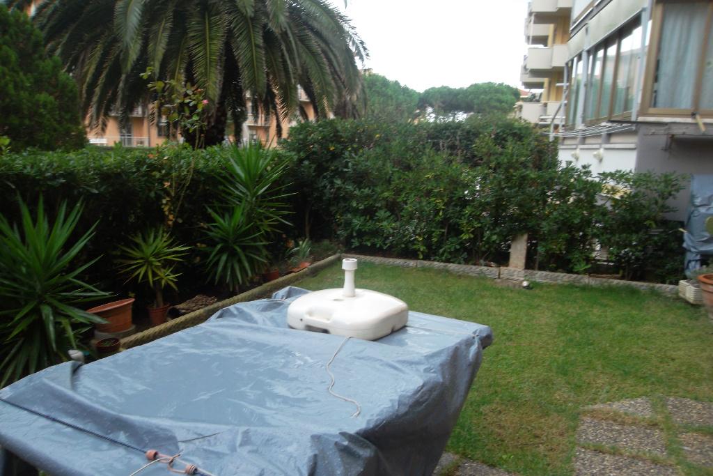 Appartamento in vendita a Livorno, 2 locali, prezzo € 160.000 | CambioCasa.it