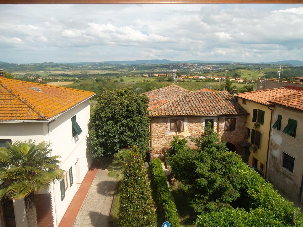 Appartamento in affitto a Capannoli, 4 locali, prezzo € 420 | CambioCasa.it