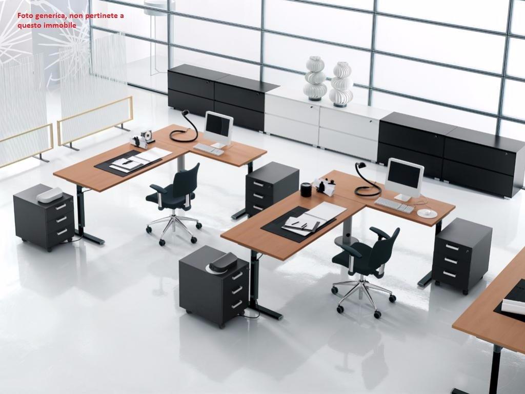 Ufficio in locazione a Calcinaia (PI)