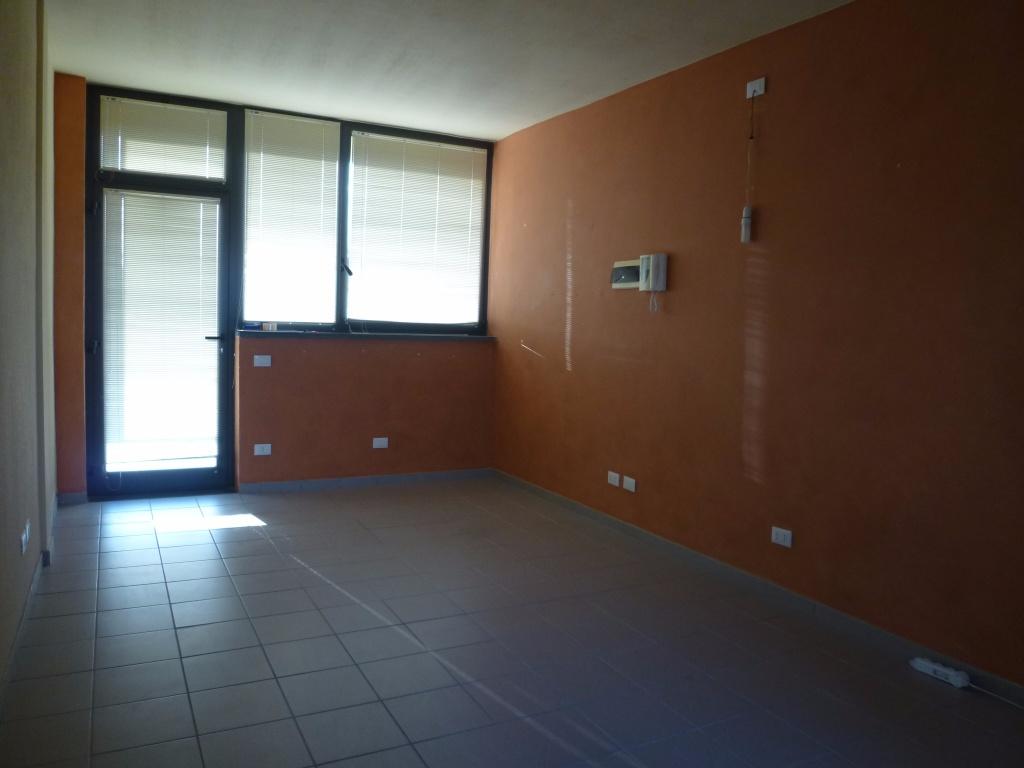 Ufficio in locazione a Bientina (PI)