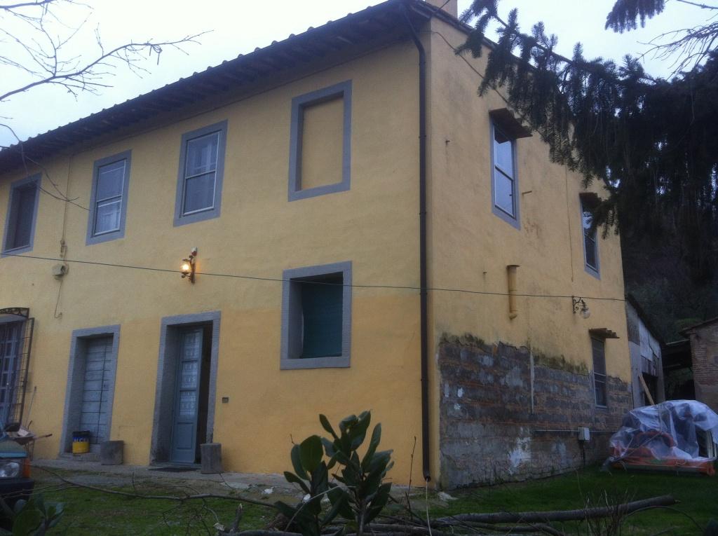 Colonica in vendita a Santa Croce sull'Arno (PI)