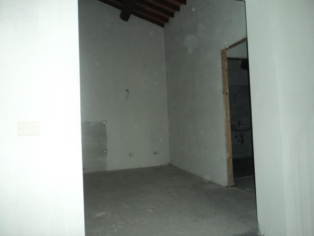 Foto 5/9 per rif. 006