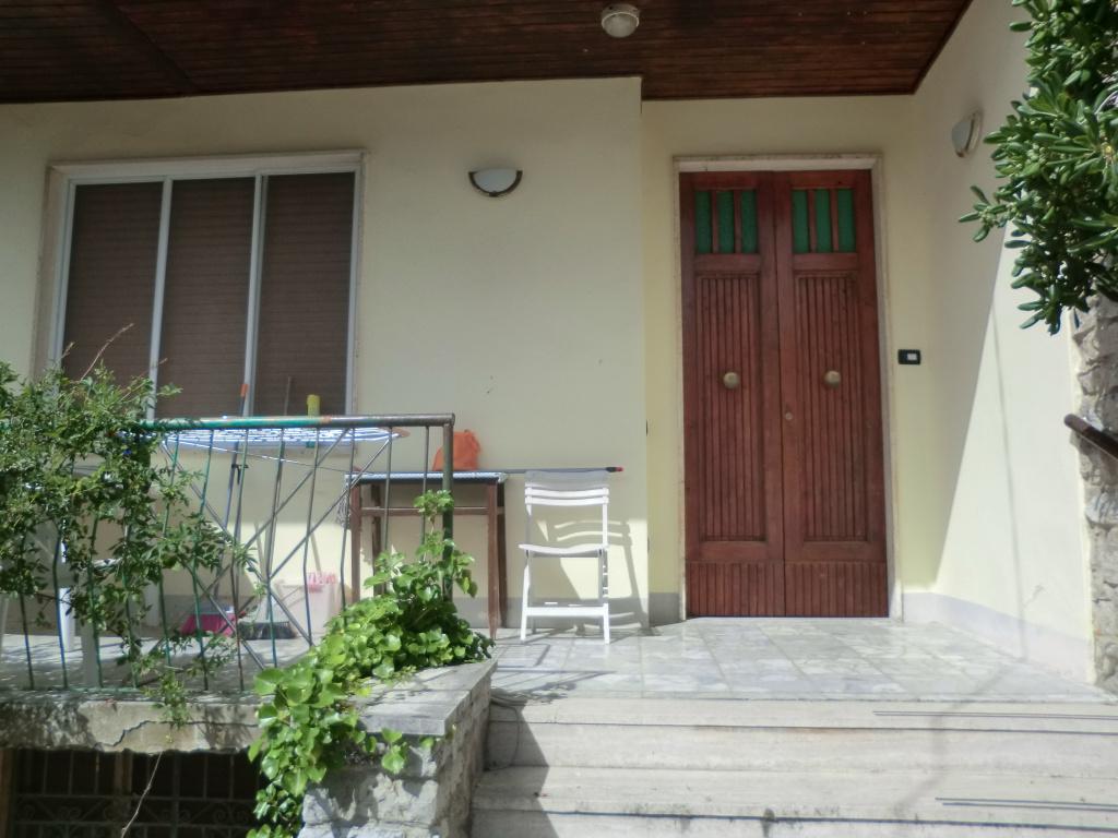 Villetta bifamiliare in Vendita, rif. 673A