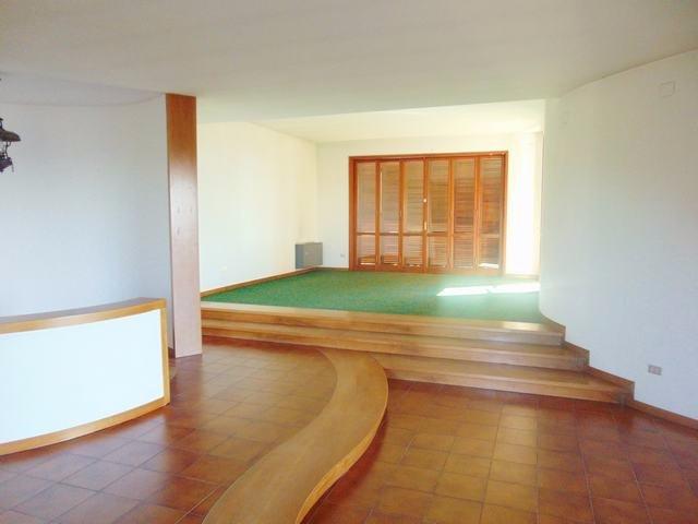 Appartamento in vendita a Vicopisano, 7 locali, prezzo € 400.000 | CambioCasa.it