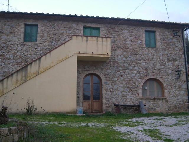 Colonica in vendita a Lustignano, Pomarance (PI)