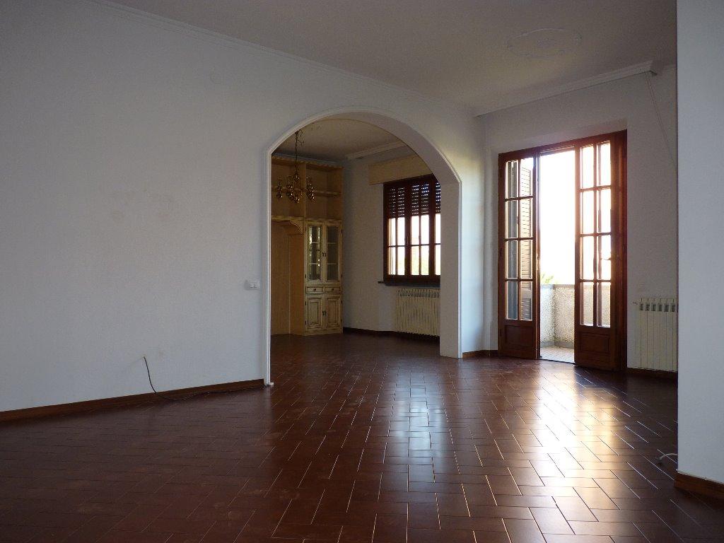Villa in affitto a San Giuliano Terme, 5 locali, prezzo € 1.000 | CambioCasa.it