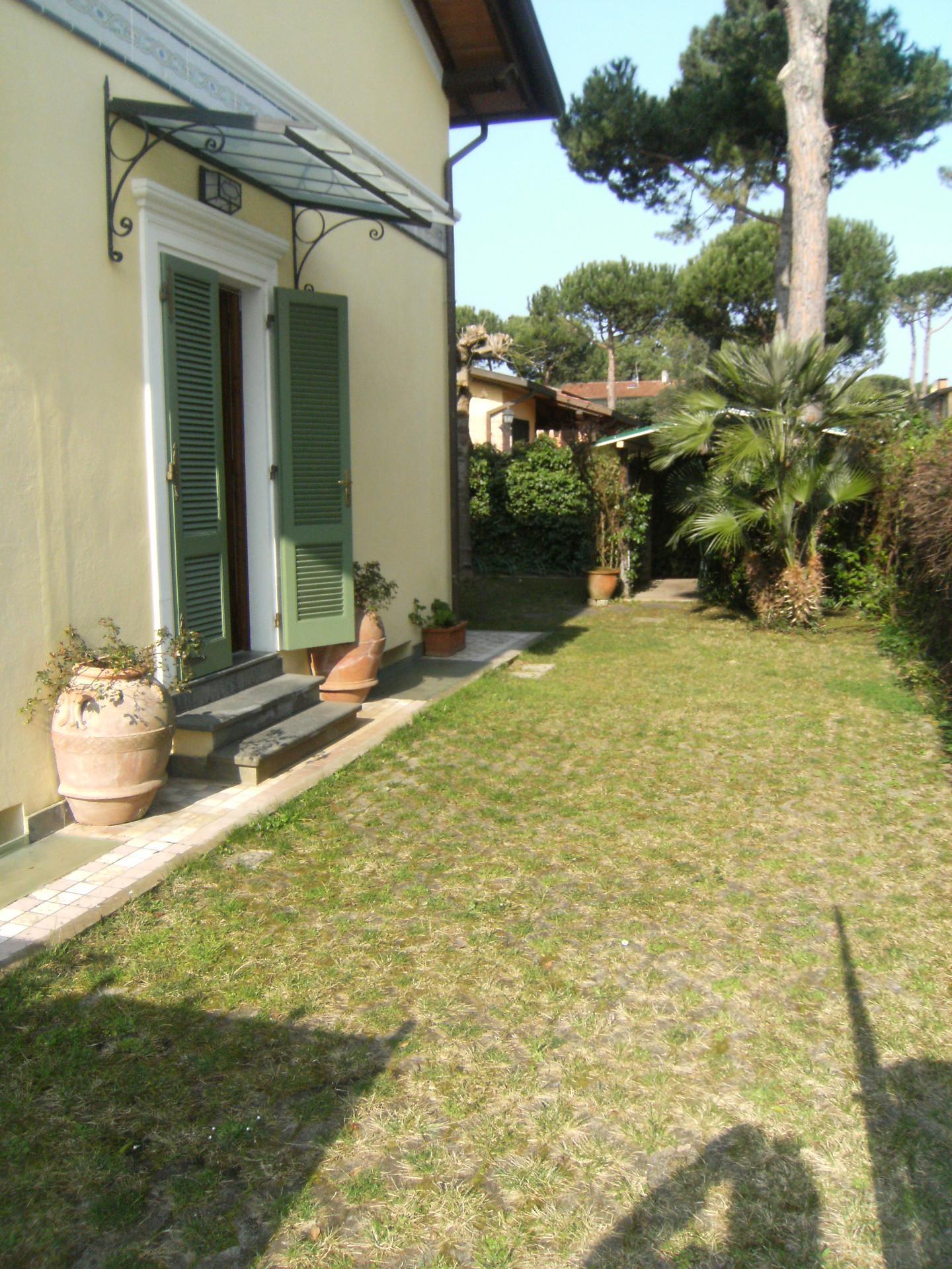 Villa singola in affitto - Marina Di Pietrasanta, Pietrasanta