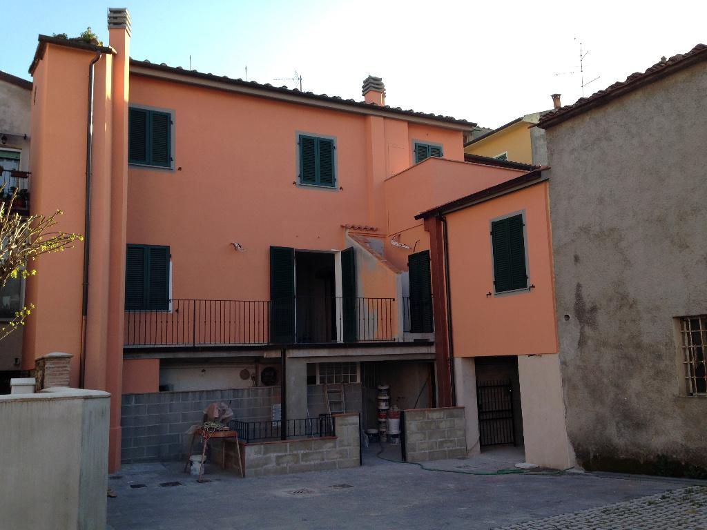 Appartamento in vendita a Calcinaia, 2 locali, prezzo € 109.000 | CambioCasa.it