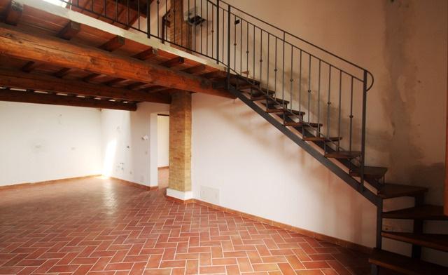 Loft / Openspace in vendita a Montaione, 4 locali, prezzo € 170.000 | CambioCasa.it