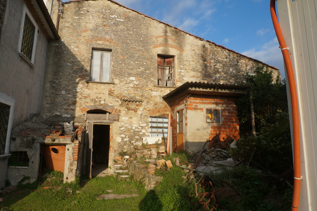 Country house/Court for sale in Pietrasanta (LU)