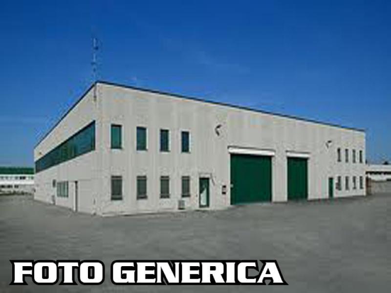 Capannone industriale a Santa Maria a Monte