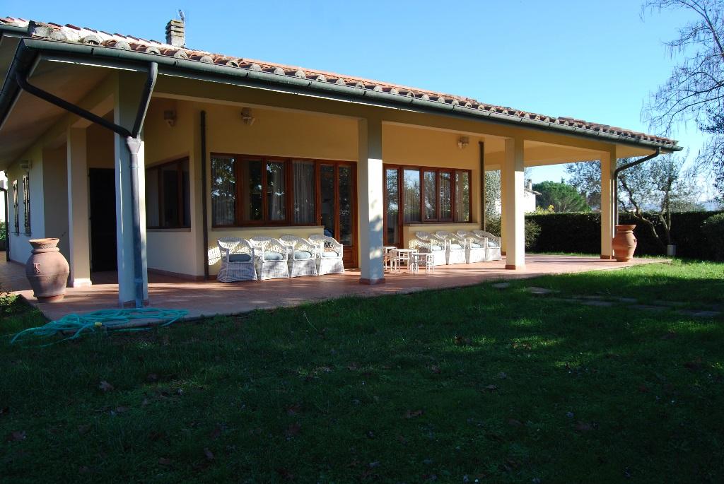 Villa in vendita a Vinci, 10 locali, prezzo € 1.200.000 | Cambio Casa.it