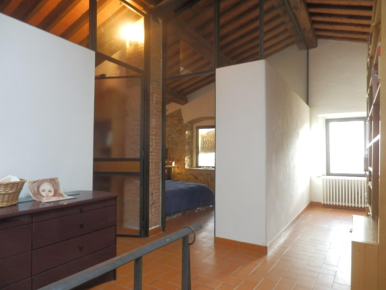 Casa semindipendente in vendita a Calci (PI)