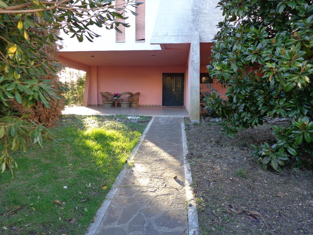 Villa singola - Castelfranco di Sotto (1/10)
