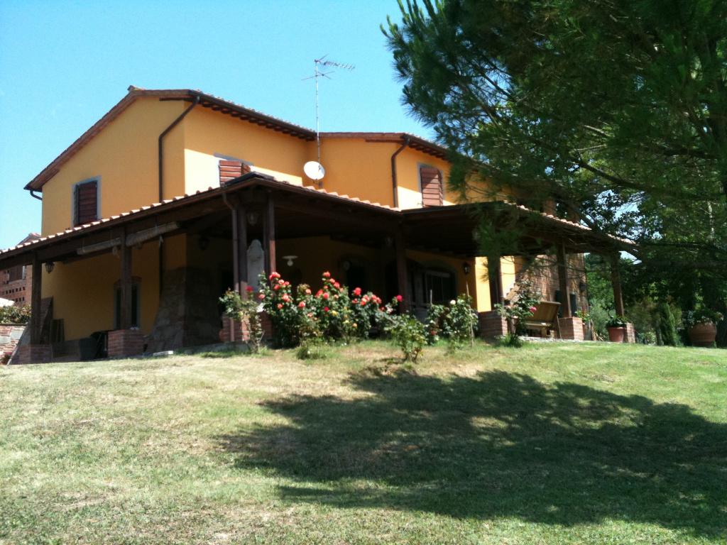 Colonica in vendita a Palaia (PI)
