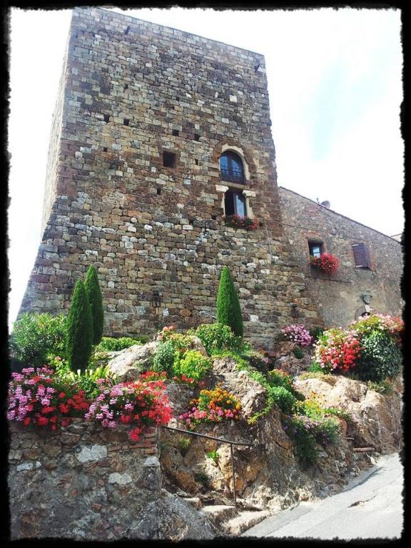 Stabile/Palazzo in vendita a Volterra (PI)