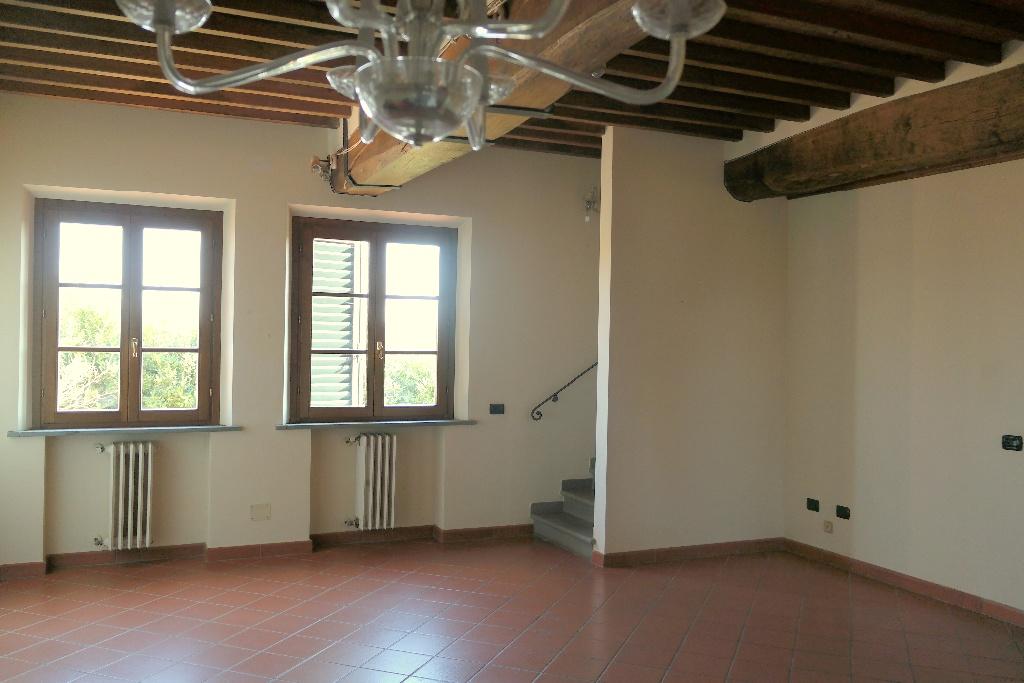 Rustico / Casale in vendita a Santa Croce sull'Arno, 5 locali, prezzo € 235.000 | CambioCasa.it
