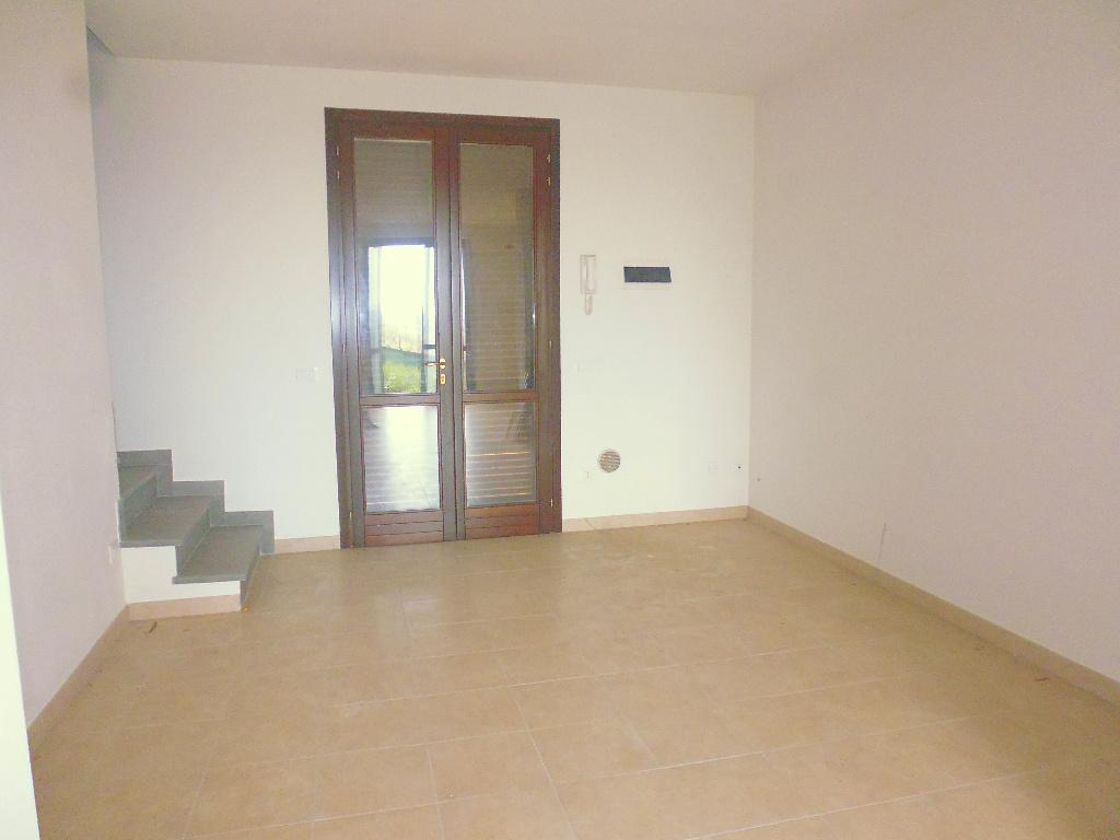 Villa Tri-Quadrifamiliare in Affitto a Santa Maria a Monte