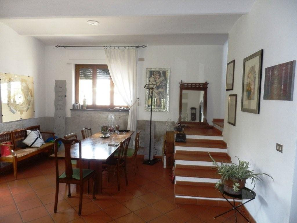 Villa in vendita a Pisa, 7 locali, prezzo € 650.000 | CambioCasa.it