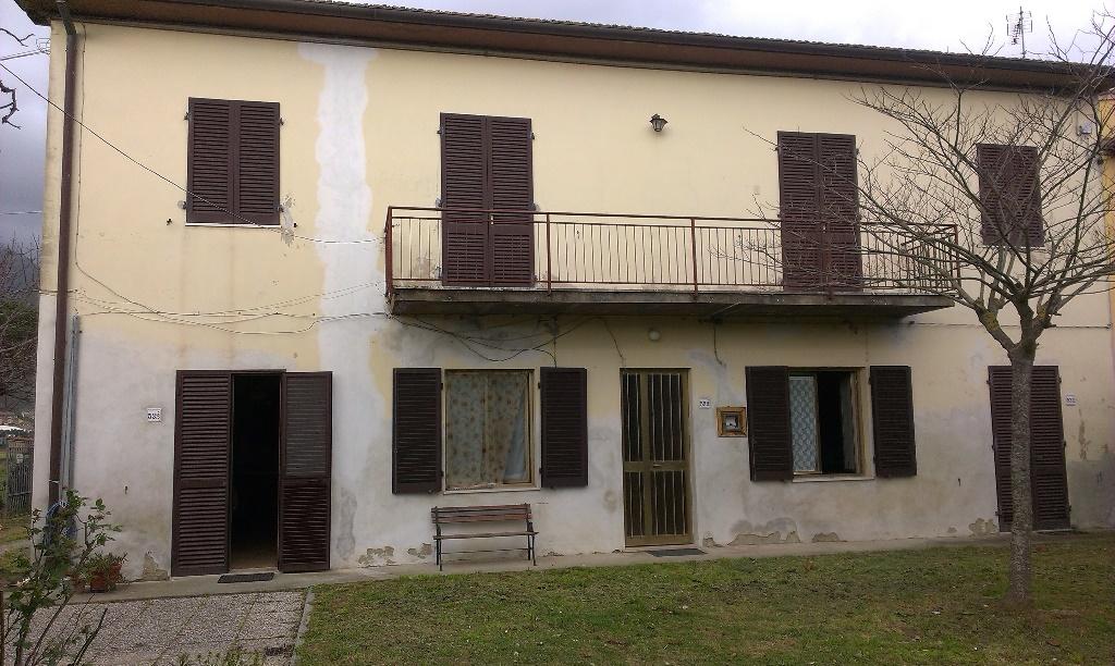 Rustico / Casale in vendita a San Giuliano Terme, 7 locali, prezzo € 430.000 | CambioCasa.it