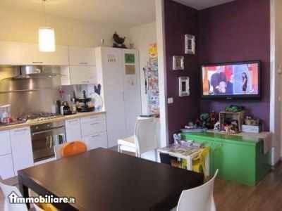 Appartamento in vendita a Pontedera, 4 locali, prezzo € 145.000 | CambioCasa.it