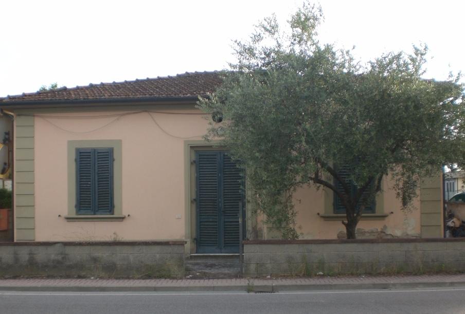 Soluzione Indipendente in vendita a Cerreto Guidi, 6 locali, prezzo € 150.000   CambioCasa.it