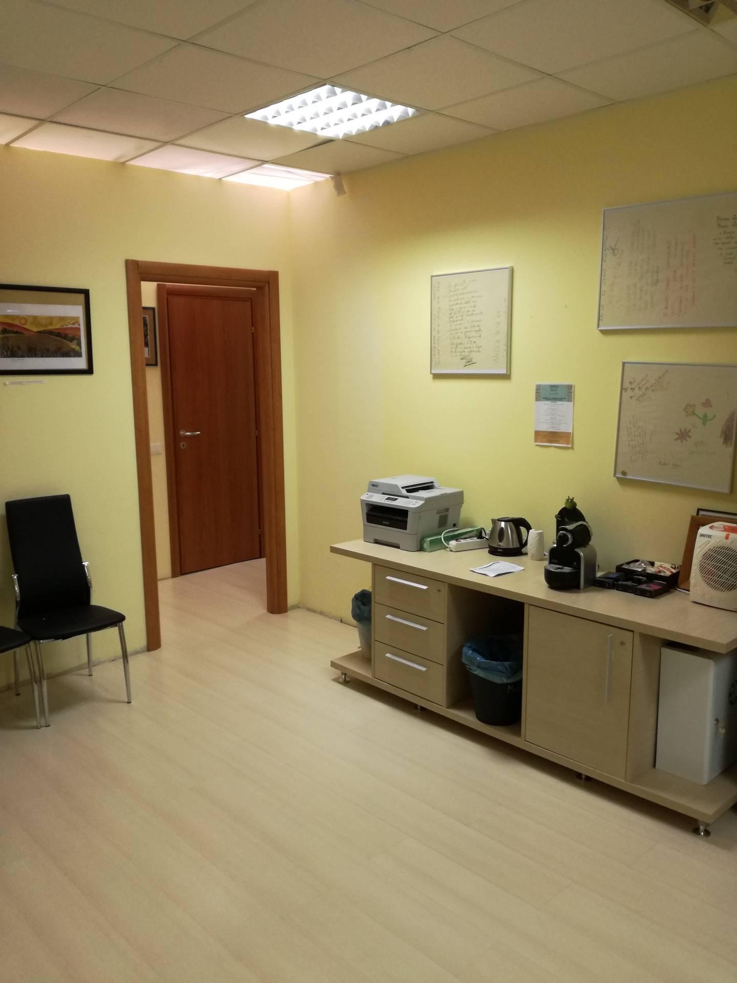 Ufficio in affitto commerciale, rif. AC6277