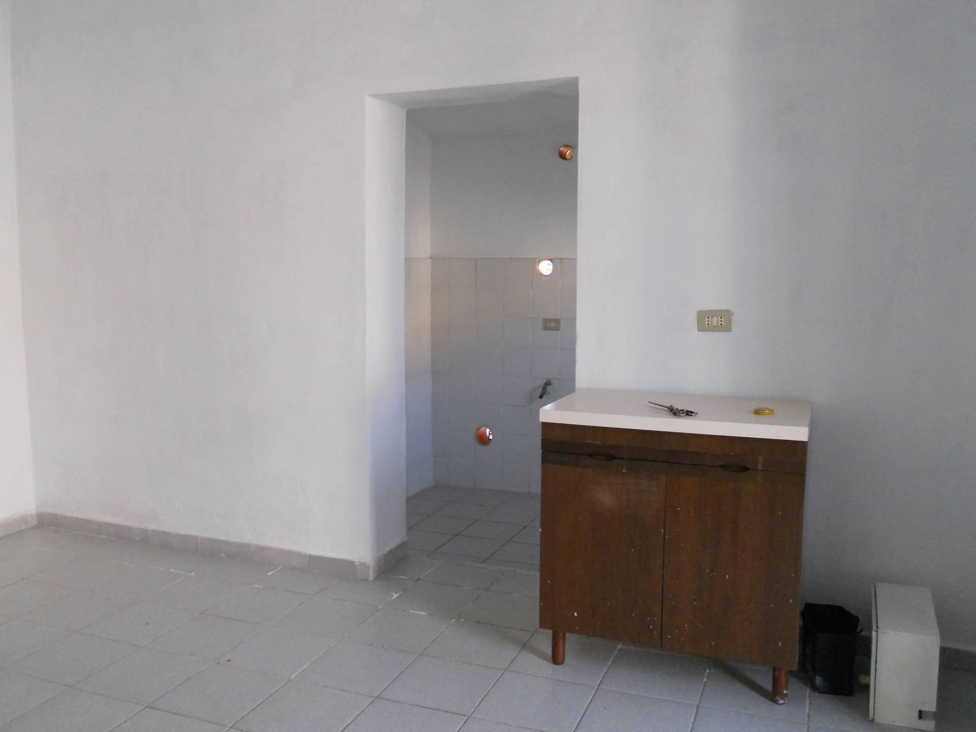 Appartamento in affitto, rif. AC6154