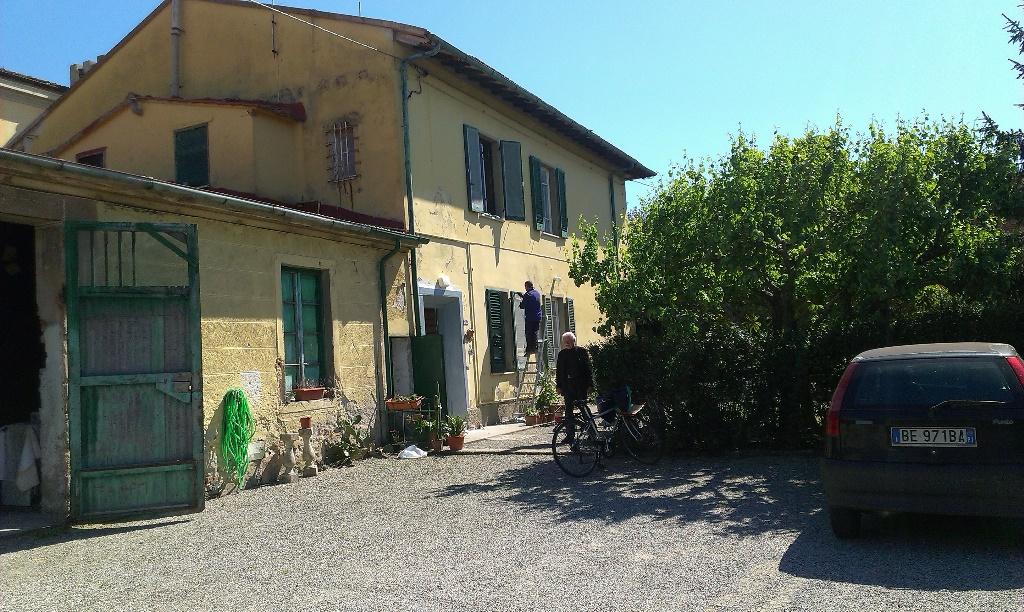 Rustico/Corte in vendita a Mezzana, San Giuliano Terme (PI)