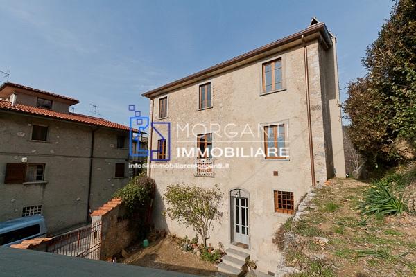 Rustico / Casale in vendita a Pietrasanta, 6 locali, prezzo € 650.000 | CambioCasa.it
