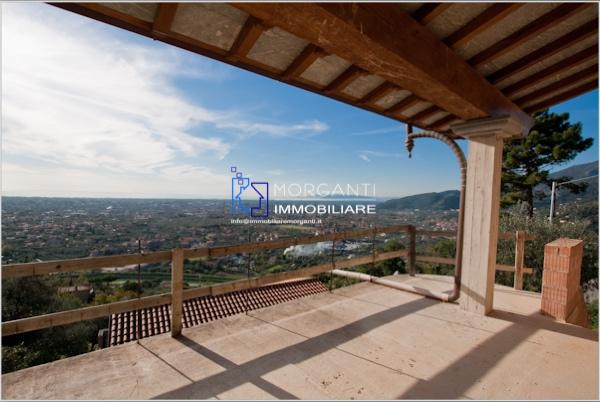 Villa singola in vendita a Pietrasanta (LU)