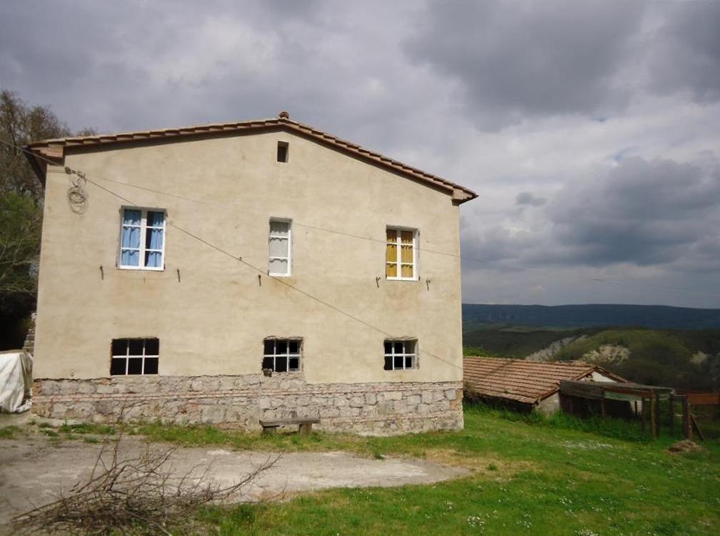 Azienda Agricola in vendita a Radicofani, 5 locali, prezzo € 550.000 | CambioCasa.it