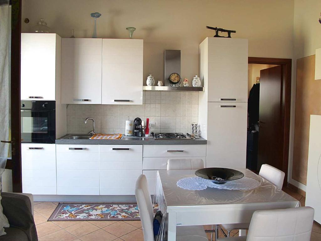 Appartamento in affitto, rif. 6925-02