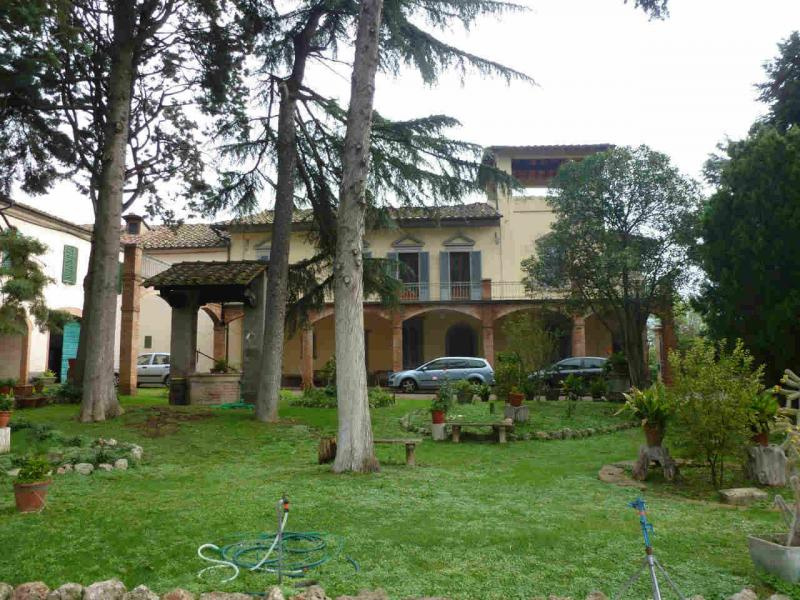 VILLA in Vendita a Taverne d'Arbia, Siena (SIENA)