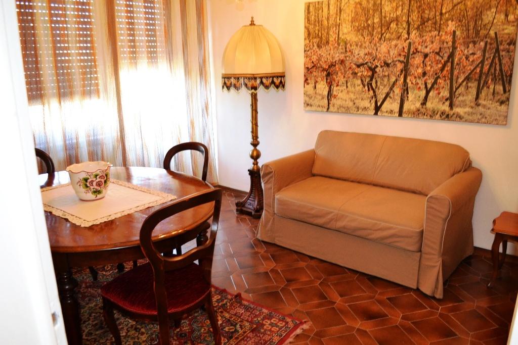 Appartamento in affitto a Poggibonsi, 2 locali, prezzo € 400 | CambioCasa.it