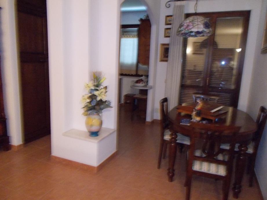 Appartamento in vendita a Vecchiano, 4 locali, prezzo € 148.000 | CambioCasa.it