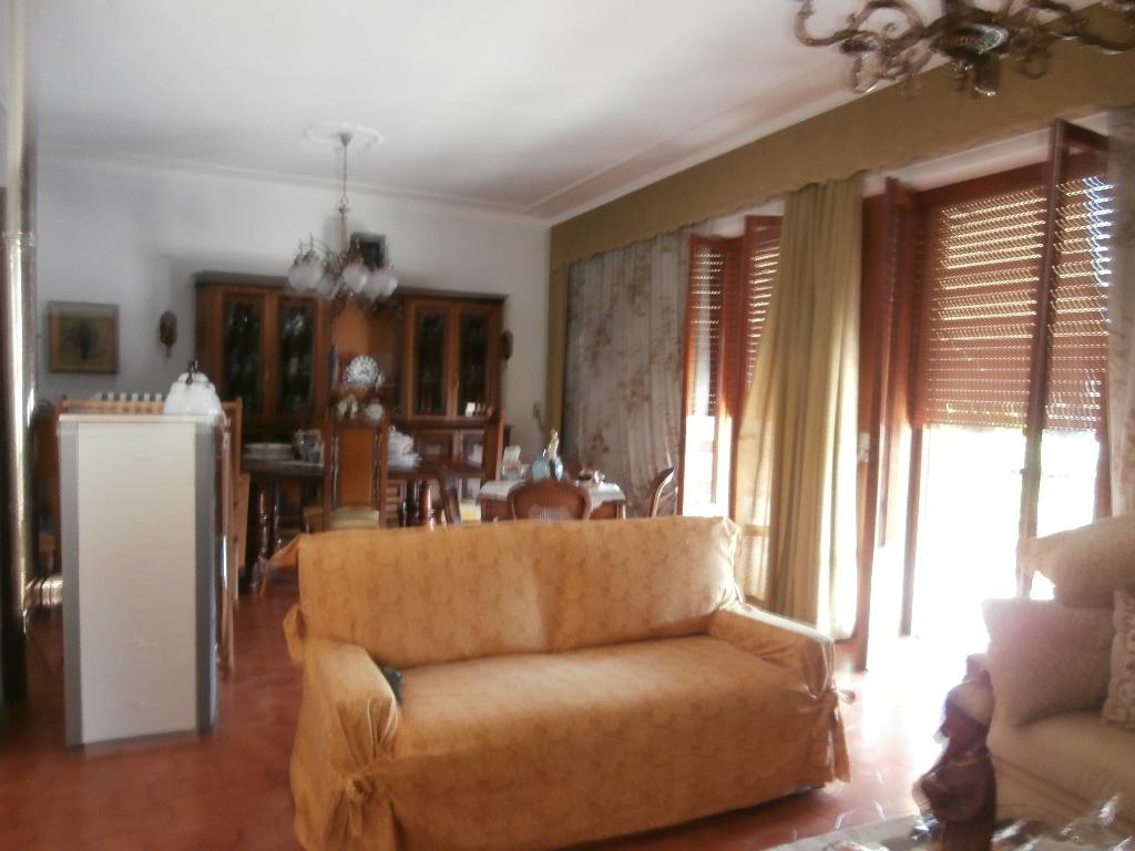 Villa in vendita a Vecchiano, 7 locali, prezzo € 440.000   CambioCasa.it