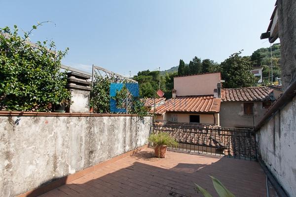 Soluzione Indipendente in vendita a Pietrasanta, 3 locali, prezzo € 290.000   CambioCasa.it