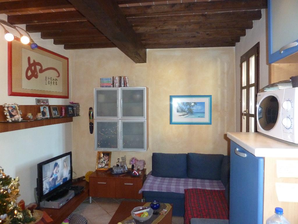 Appartamento in affitto a Calci, 3 locali, prezzo € 470 | CambioCasa.it