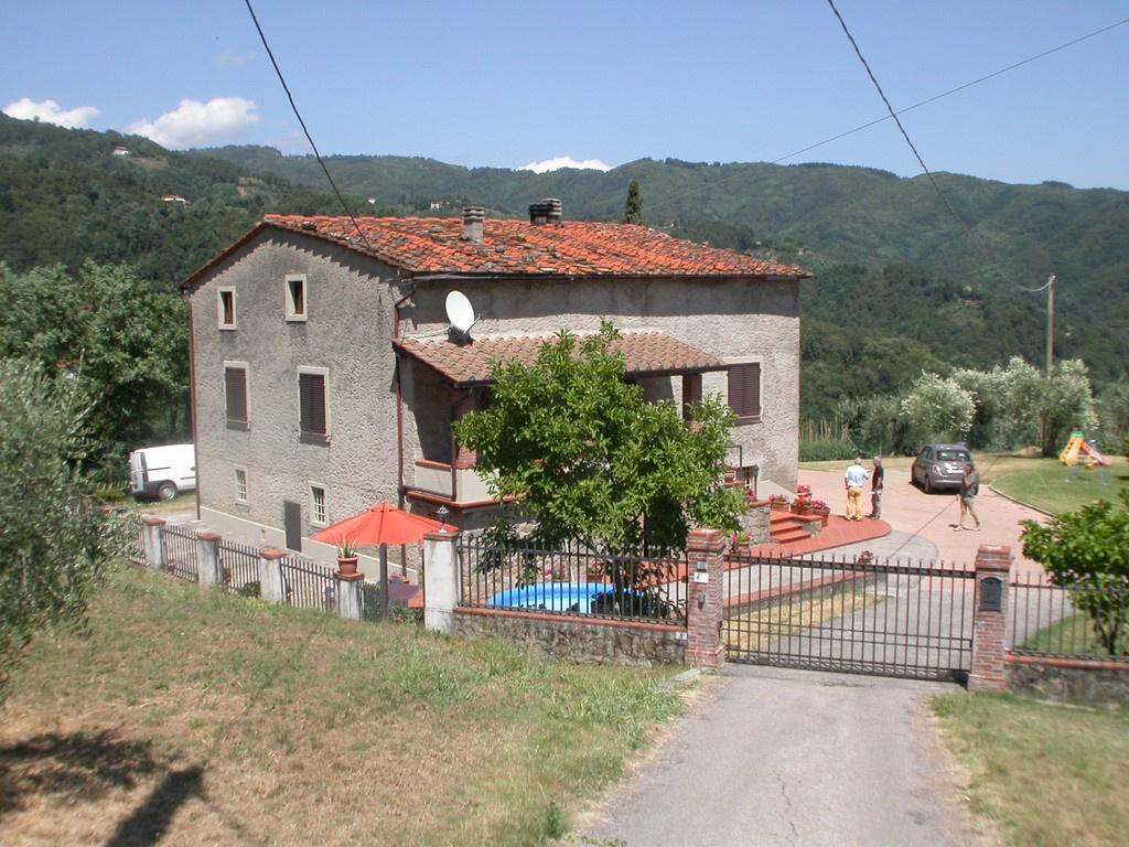 Villa in Vendita a Marliana