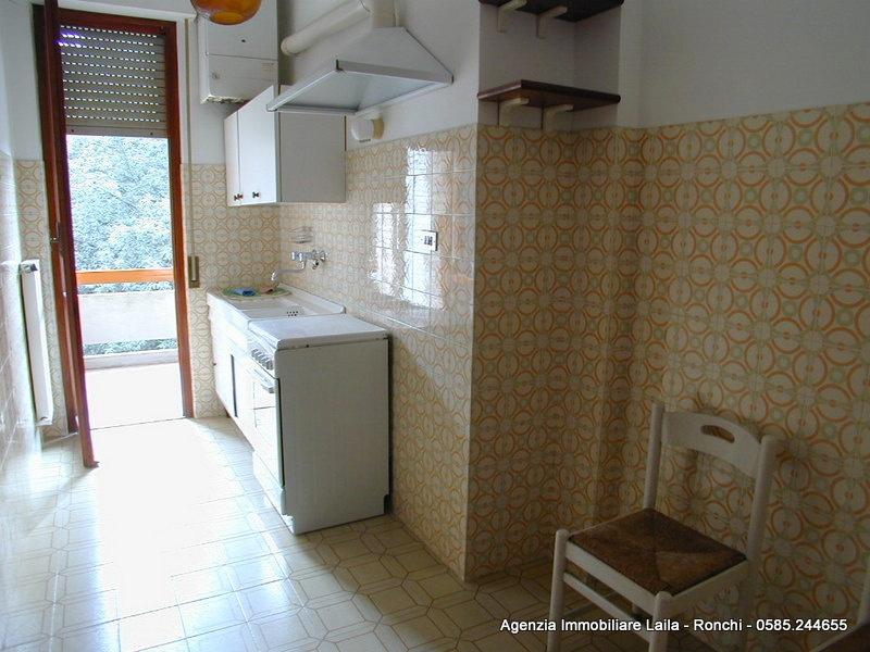 Appartamento in vendita - Ronchi, Massa