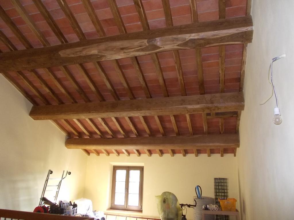 Rustico / Casale in vendita a San Giuliano Terme, 12 locali, prezzo € 600.000 | CambioCasa.it
