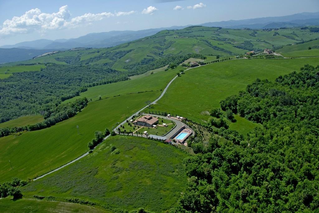 Agriturismo in vendita a Volterra, 20 locali, prezzo € 1.500.000 | CambioCasa.it