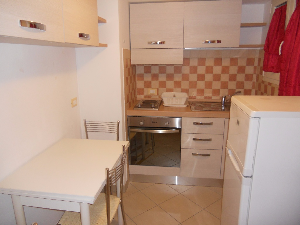 Appartamento in affitto a Pontedera, 1 locali, prezzo € 360   Cambio Casa.it
