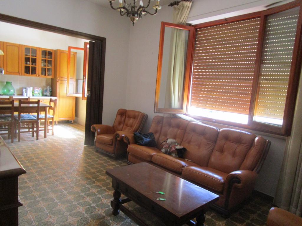 Appartamento in vendita a Cerreto Guidi, 7 locali, prezzo € 240.000 | Cambio Casa.it