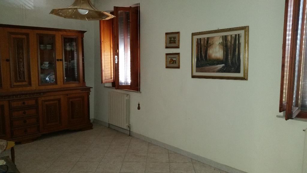 Rustico / Casale in vendita a Cascina, 5 locali, prezzo € 145.000 | CambioCasa.it