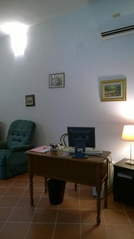 Ufficio in affitto commerciale, rif. 00059