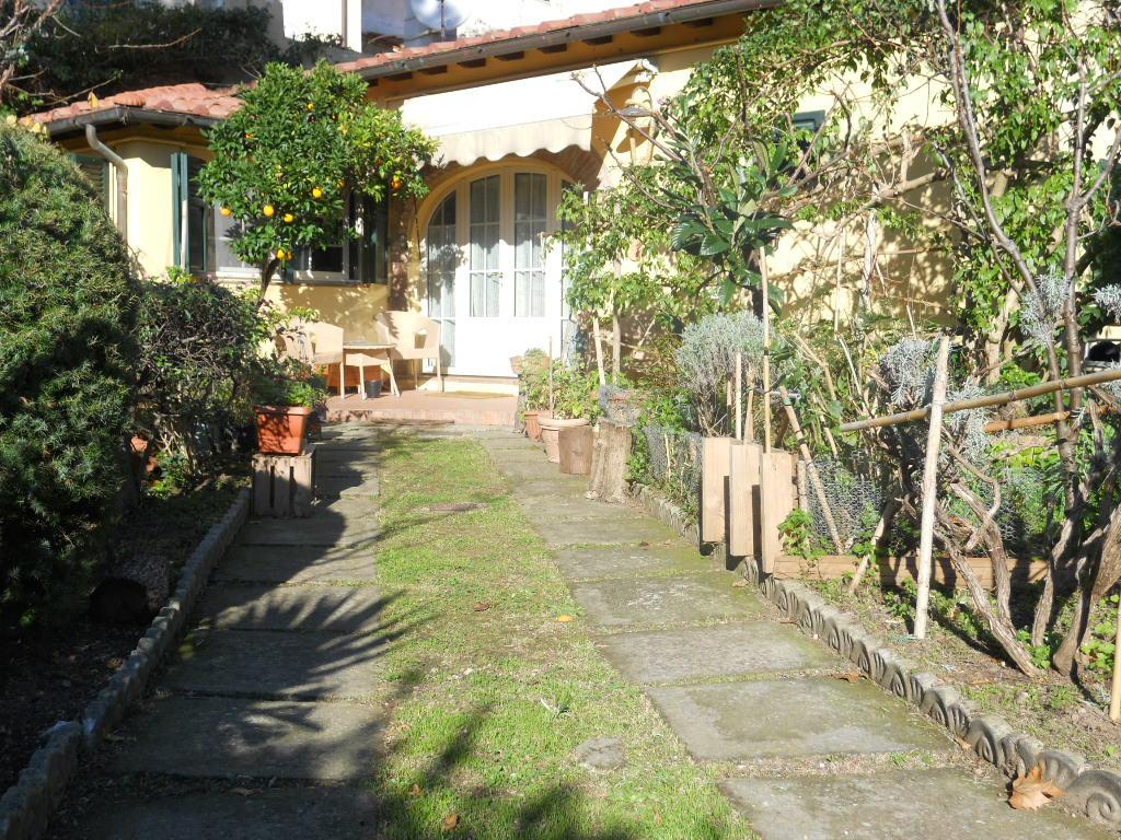 Rustico / Casale in vendita a Vicopisano, 4 locali, prezzo € 230.000 | Cambio Casa.it
