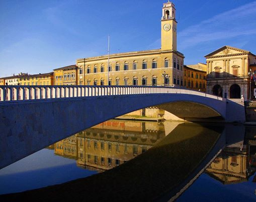 Attività commerciale in vendita a Pisa